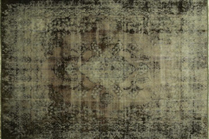 Classic Traditional Persian Rugs